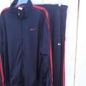 NIKE Classic Basketball Warm up suit